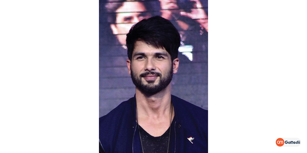 Shahid Kapoor Tells the Truth About the Stomach Cancer Rumor!