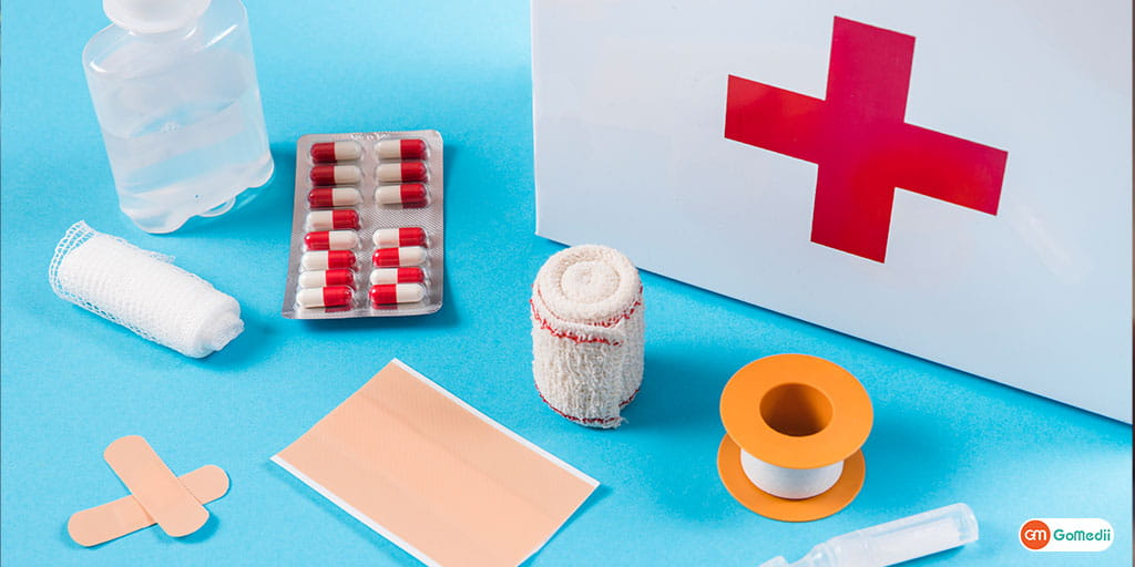 How to Pack a First Aid Kit for Travel